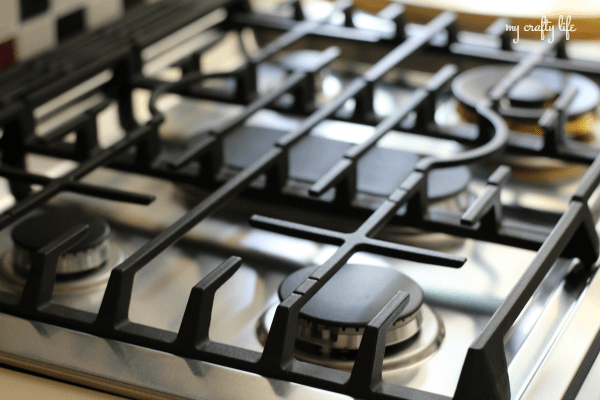Cooking Redefined with the Flex Duo™ Slide-In Gas Range