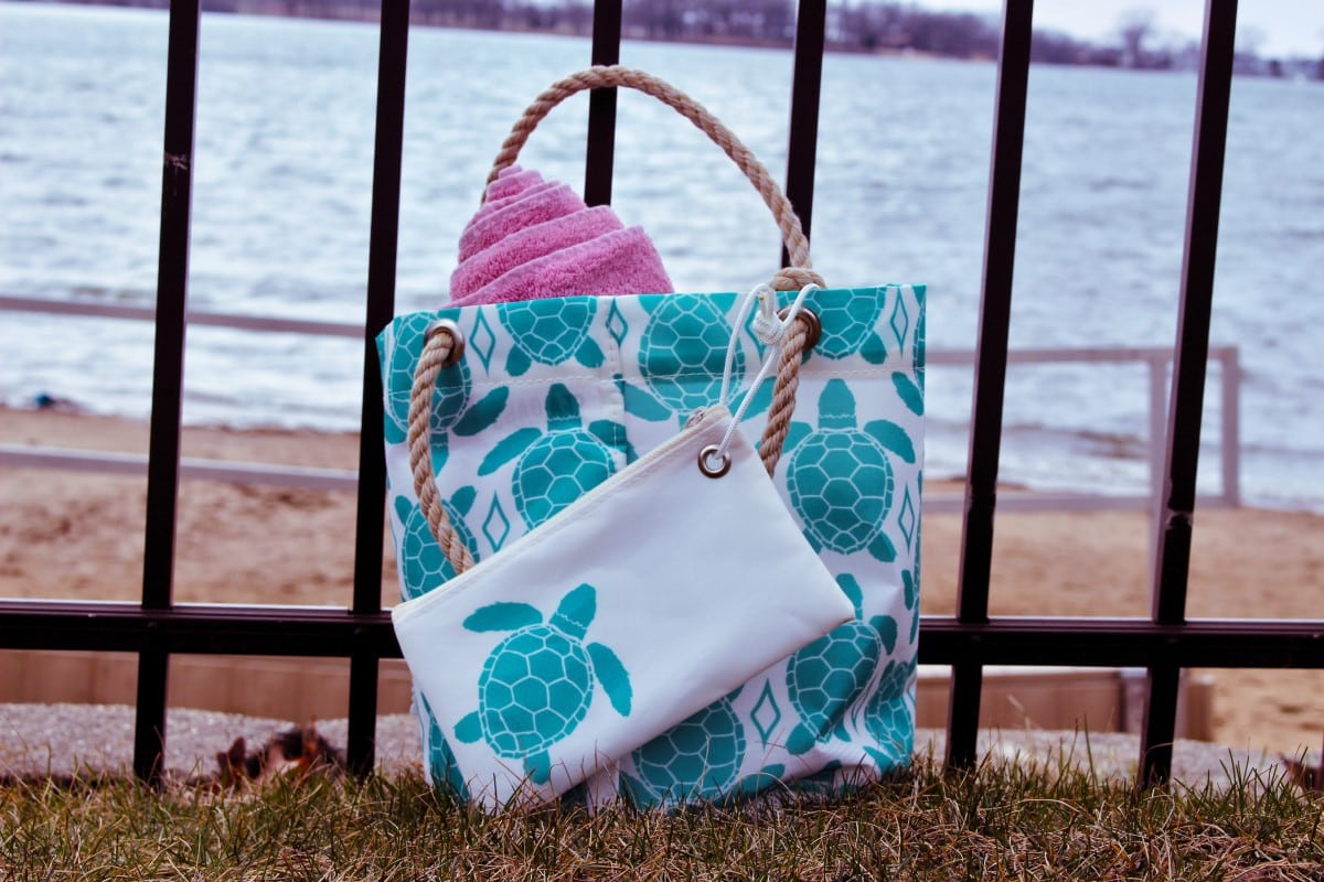 Sea Bags - aquamarine Sea turtle bag by lake