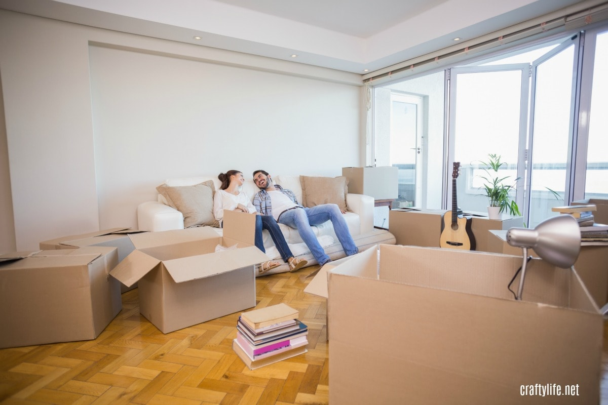 You may have read about the moving process, helped someone move before, or moved before yourself. Stress is unavoidable, but you can find ways to reduce it and save money. Here are five proven ways to save money and stress less on your next move.